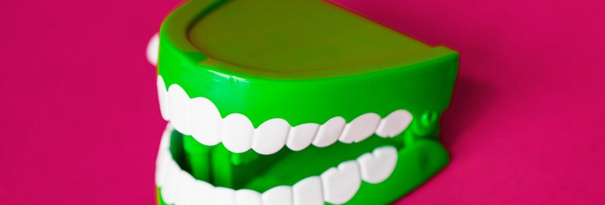 Can a Dentist Fix Loose Teeth?