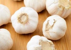 How to Get Rid of Bad Breath after Eating Garlic