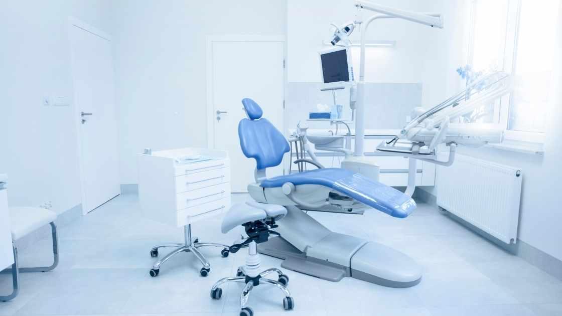 Maple Ridge dentist