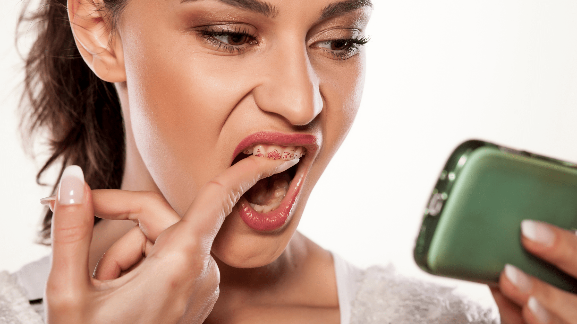 Avoid teeth staining